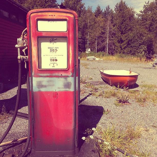 red-pump