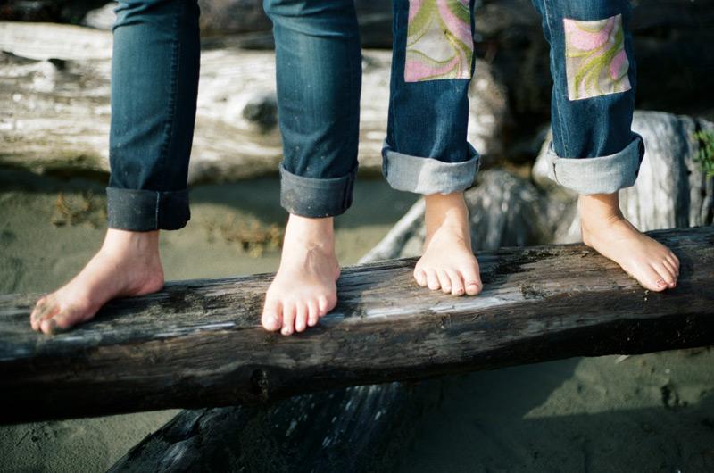 Sister-Feet_rs