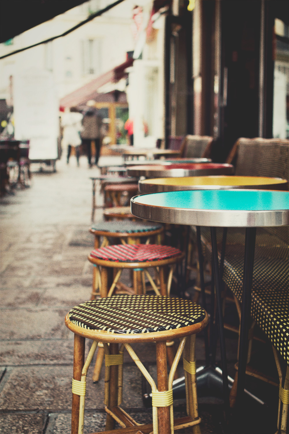 cafe-chairs_rs